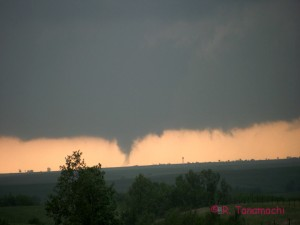 2012-04-27: Tornado near Council Grove, KS