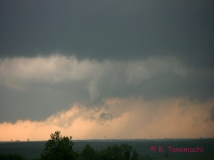 2012-04-27: Funnel cloud near Council Grove, KS