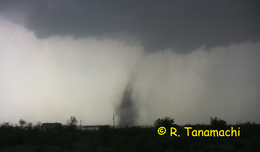 Paducah, TX landspout at about 5: 30 p.m.