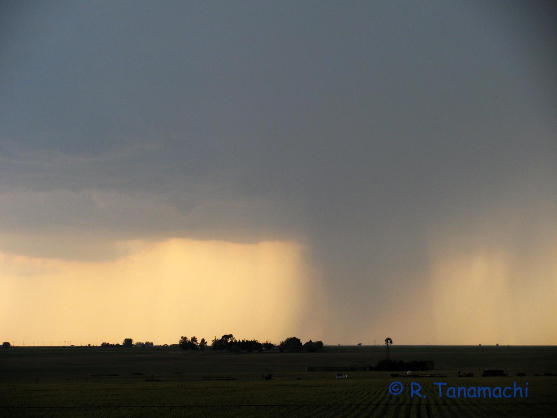 """2012-04-30: Claude, TX """"nipple cloud"""""""
