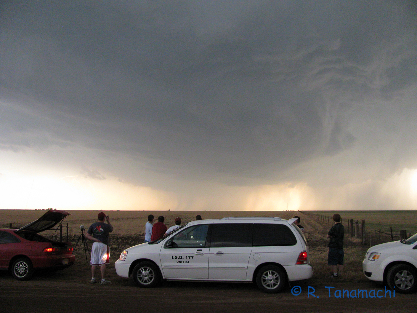 Windom HS students watching the approaching base of the Claude, TX supercell.